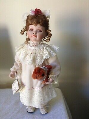 """""""Amelia"""" Porcelain Doll from The Hamilton Collection Excellent condition"""
