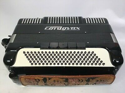 Cordovox Model 251 Accordion