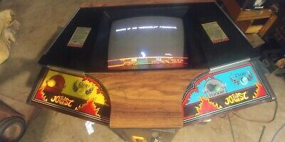 Rare Williams Joust cocktail Arcade very clean. Will help ship!