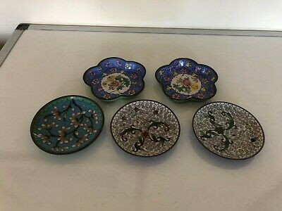 Pair Of Chinese Blue Chinese Cloisonne Dishes & 2 White Ones And Another