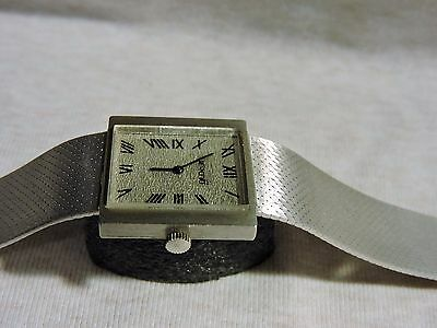 VINTAGE MERANO 14K SOLID WHITE GOLD VERY RARE & COLLECTIBLE ROMAN NUMBERS 14ct