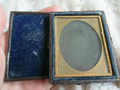 Beautiful 19thC Victorian Leather Pocket Case Frame for Portrait Miniature etc