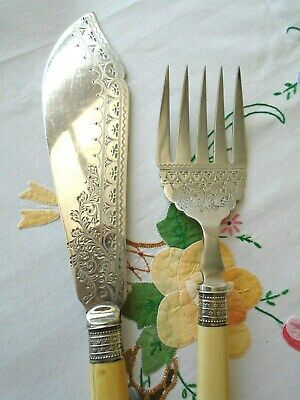 Pair Of Antique Victorian Silver Plated Bone Handled Fish Servers James Deakin