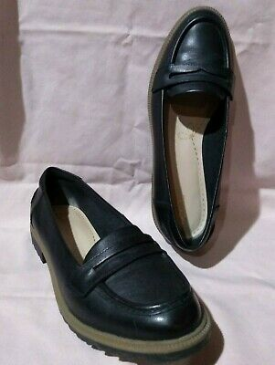 ec3a4b21c7210 CLARKS Womens 9.5 Wide Black Raisie Eletta Leather Penny Loafer Style #15190