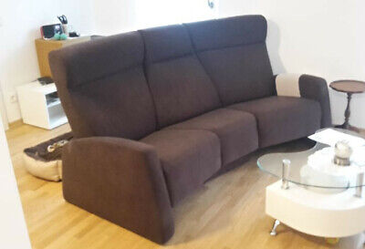 Himolla Trapezsofa Couch Relaxfunktion Heimkino Stoff Braun