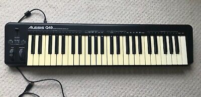 ALESIS Q49 USB/MIDI KEYBOARD CONTROLLER / With a USB Cable