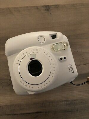 Fujifilm Instax Mini 9 - Smoky White Instant Film Camera
