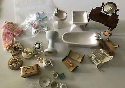 Vintage Lot Miniature Doll House Display Cabinet Variety A13