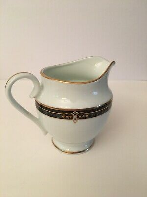 Wedgewood Embassy Collection Whitfield Fine China Creamer