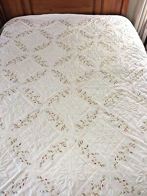 "Beautiful! Vintage Inspired Hand Crafted Trapunto & Embroidered  Quilt 101"" X 85"