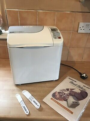 **Lovely ** Panasonic Sd253 Bread Maker / Machine With Auto Nut Dispenser