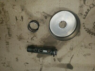 1984 Kawasaki Kz750 Oil Filter Bolt (#m4)