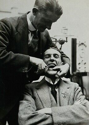 Photograph of a Dental Extraction, 1921, Reproduction Dentist Poster