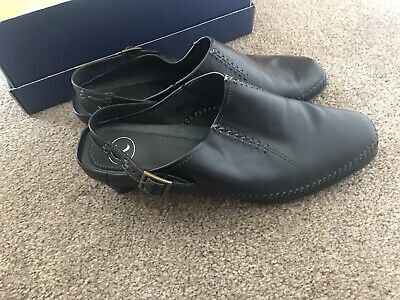 Womens Black Leather K Shoes Size 6 Good Condition