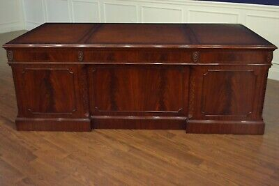Leighton Hall Large Traditional Mahogany Office Executive Desk 84 in.