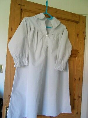 Antique  White Cotton Child's Nightdress