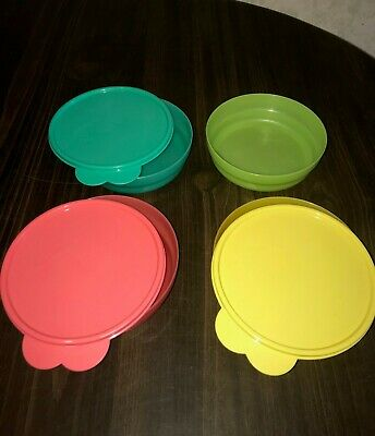 Tupperware - 4 Microwave Impressions Cereal Bowls & 3 Seals