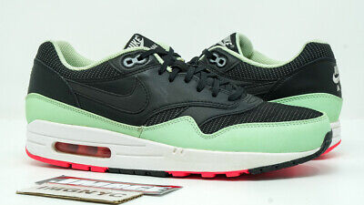 NIKE AIR MAX 1 FB YEEZY SIZE 9 VNDS LeBron Training Running