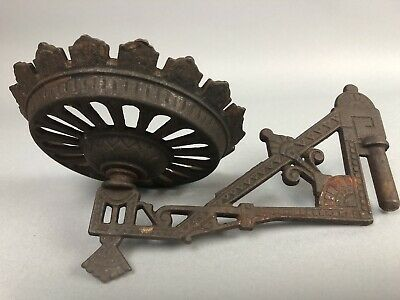 Antique Kerosene Oil Gas Victorian Cast Iron Wall Sconce Ornate Country Decor