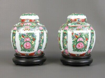 Pair of Vases Chinese with Base Wood Potiche of Xx Century Porcelain