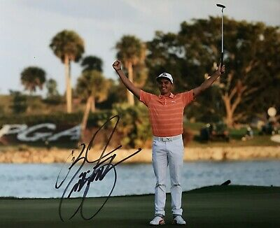Rickie Fowler signed 10x8 photo Image B UACC dealer AFTAL Approved RACC Trusted
