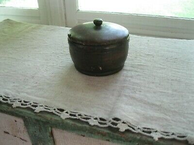 ANTIQUE WOOD TREEN COVERED JAR canister primitive early