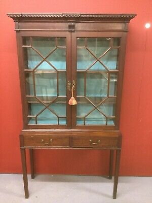 Antique Glazed Bookcase / Display Cabinet Sn-783a