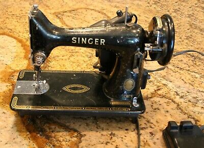 Antique Electric Singer Sewing Machine Great Britain 99K EJ498398 **Ships Free**