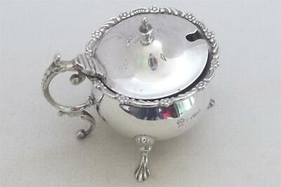 A Fine Antique Solid Silver Edwardian Mustard Pot & Glass Liner Chester 1903.