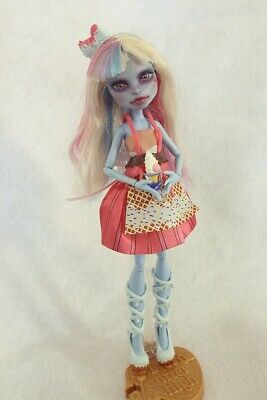OOAK Monster High Abbey Bominable doll repaint custom face up