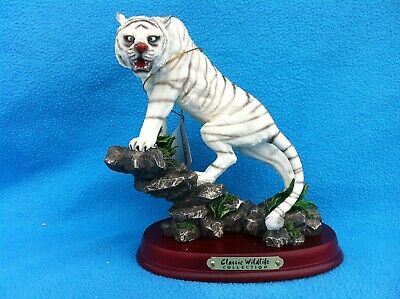 """Alabastrite Tiger: From """"The Classic Wildlife Collection"""" circa 1980's"""