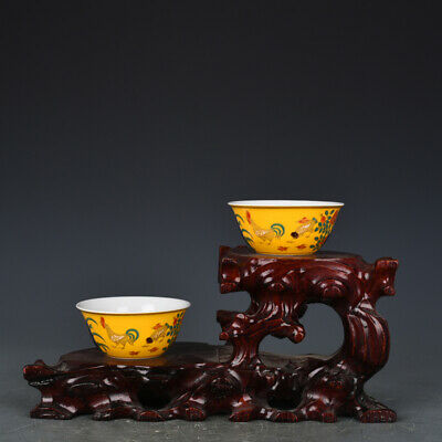 old Porcelain chenghua mark gilt yellow glaze five colour Chicken jar Cup Pair
