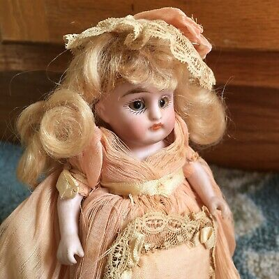 STUNNING Kestner #158 All Bisque Antique Doll Mignonette German Miniature