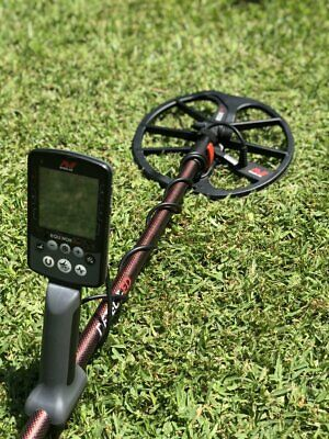 DETECT-ED *SPECIAL EDITION* RED-BELLY BLACK (UPPER Shaft) For Minelab Equinox