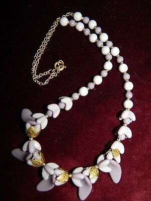 VINTAGE ART DECO LILAC / MAUVE GLASS & BRASS FLOWER NECKLACE ~ CZECH 1930's