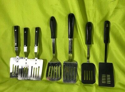 Lot of 7 Metal / Plastic Spatulas / Turners Halco & Adcraft Cooking Utensils