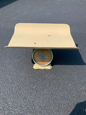Vintage 1940s Nursery Baby Scale - Weighs to 30 lbs by Ounces VERY NICE, WORKING