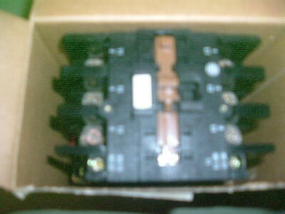 T.elemecanique.... Lc1 D403 ......... Contactor........ 110 V 50 Hz. New Packed.