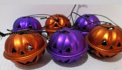 NIP Halloween Pumpkin Bell Mini Metal Tree Ornaments Set of 3 Orange & 3 Purple