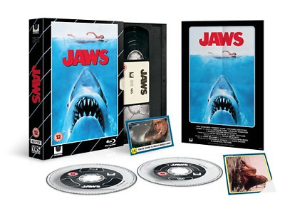 Jaws Blu Ray+DVD  / VHS Collectors Packaging / WORLDWIDE SHIPPING