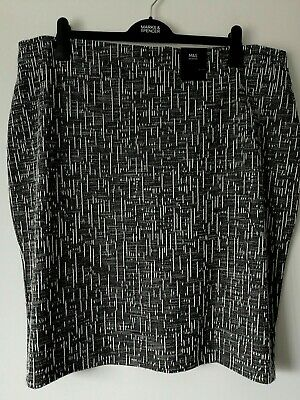 M/&S SIZE 22 24L PULL ON COTTON BLEND STRAIGHT STRETCH SKIRT FREE POST
