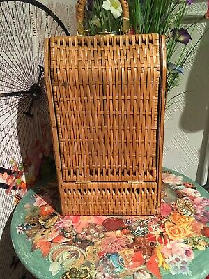 Vintage 1970s Bottle Case Carrier Wicker Basket Summer Camping Picnic Travel