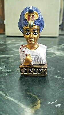 Egyptian statue of  magnificence antiques  amazing Pharaoh