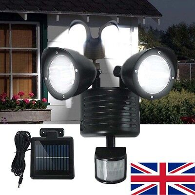 LED Solar Security Floodlight Garden Lighting Gardman L22116