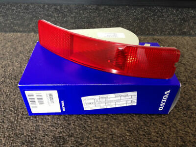 Genuine Volvo Xc90 Left Rear Red Reflector In Bumper 8693011 2003 - 2006