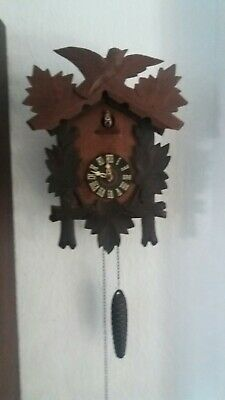 Quarter call cuckoo clock with 1-day movement Black Forest style