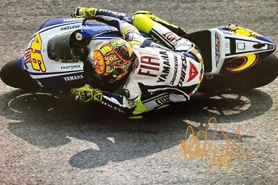 MOTO GP Valentino Rossi signed photo 30x20cm With COA.
