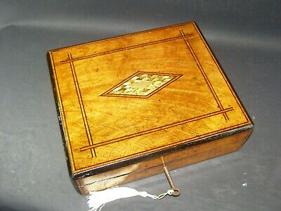 Antique Box Tunbridge Bands Mother Of Pearl & Abalone Center Lock & Key c 1880