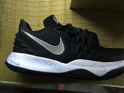 new product 14ac5 ee11e NIKE AIR KYRIE Irving 4 Low Black & White 8 Mens 2018. Brooklyn Nets Uncle  Drew