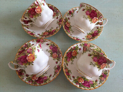 4  Royal Albert  'Old Country Roses'  Tea Cups And Saucers